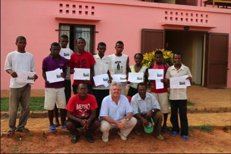 Janvier 2015: 9 jeunes diplômés du Centre de formation EcoFormation à Madagascar